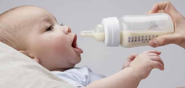 كيف اختار الحليب المناسب للرضيع