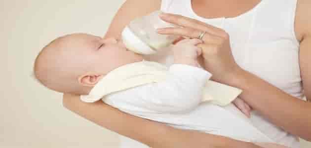 كيف اعرف ان الحليب ناسب طفلي الرضيع