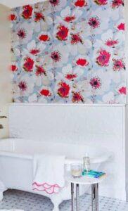 ورق الحائط بالأزهار
